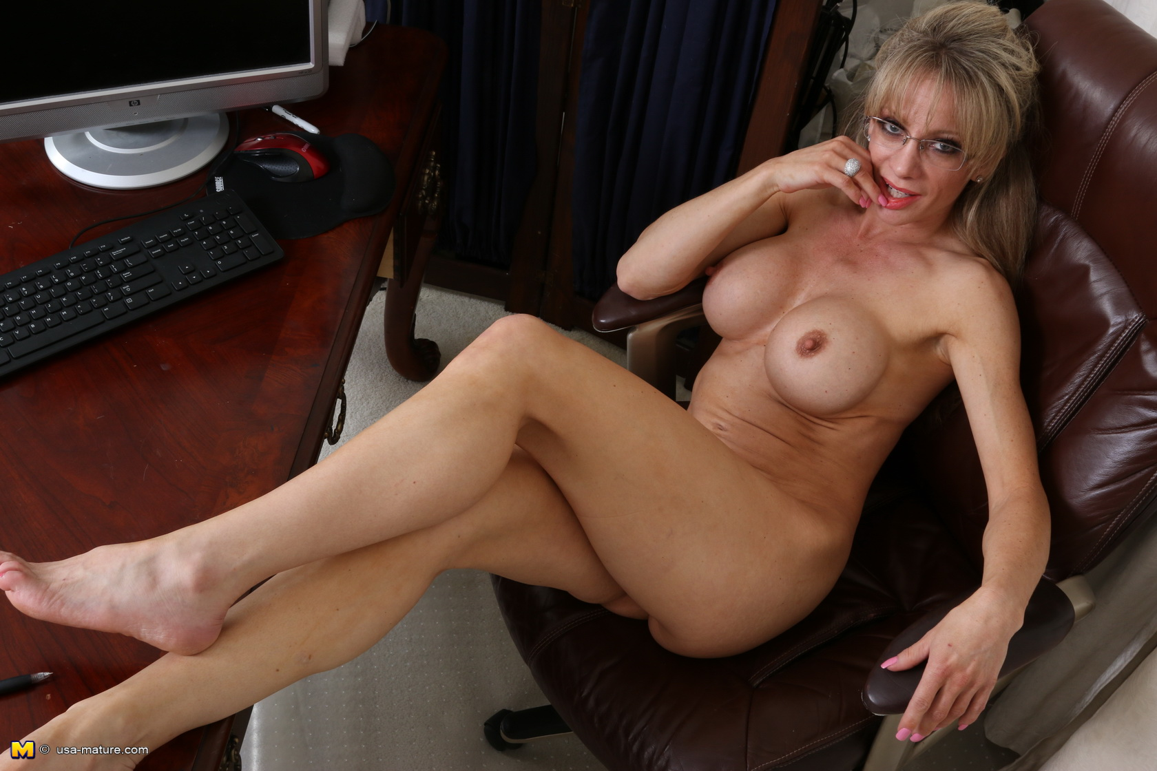 Apologise, but horney house wife porn pic
