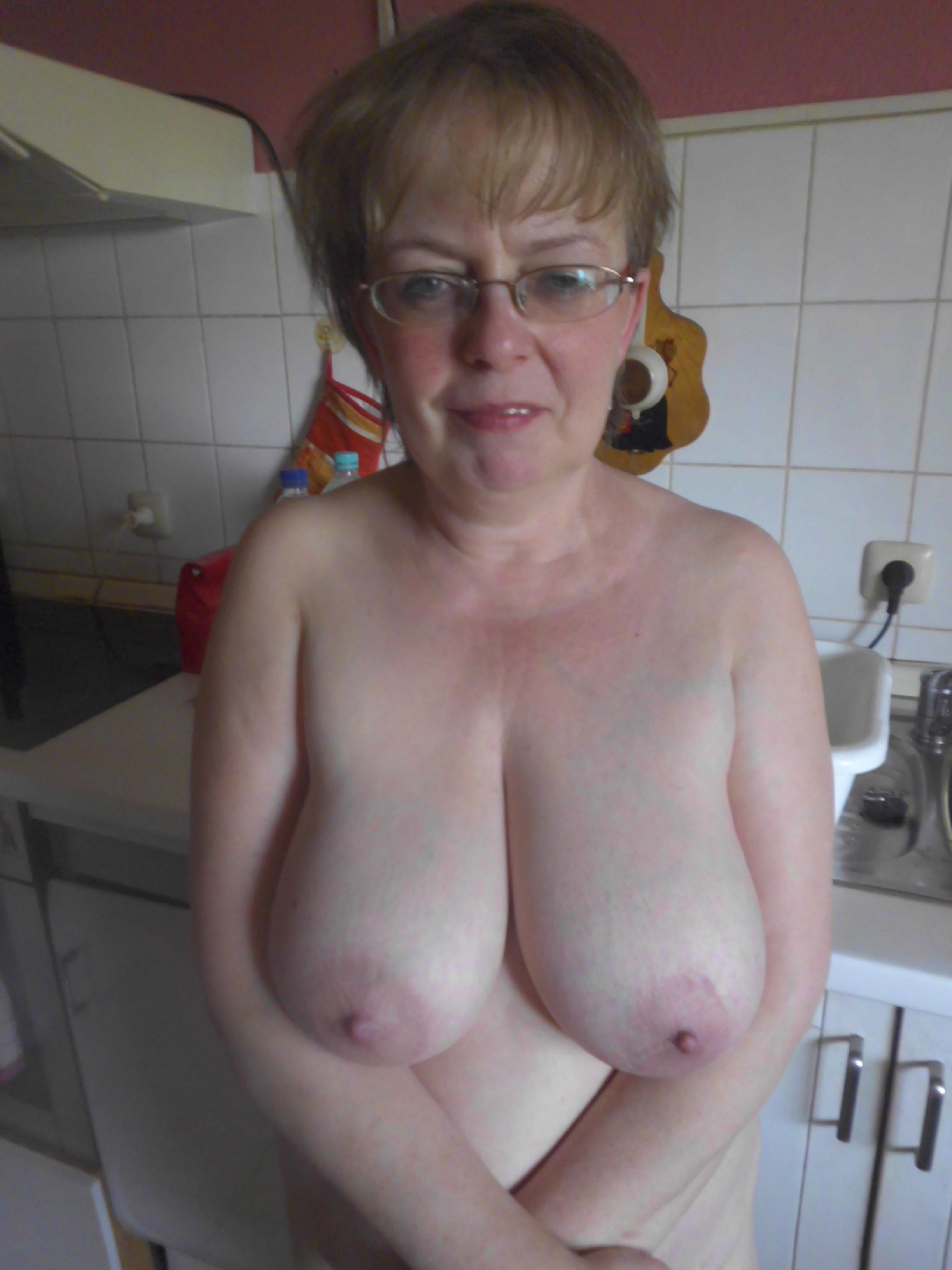 Hot mature woman with tits actually enjoying